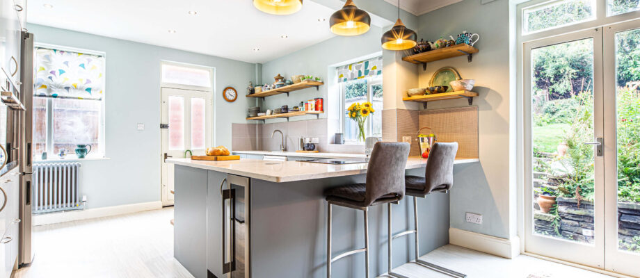 Top tips for creating a modern styled kitchen-diner